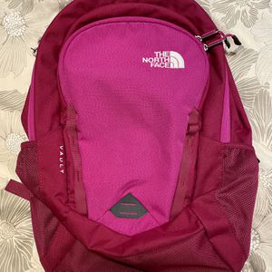 New Northface Vault Backpack for Sale in Universal City, TX