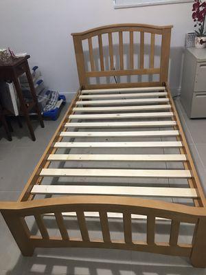 Bed for Sale in Miami, FL