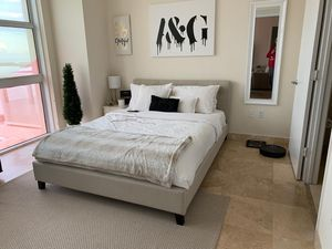 Bed+bed Frame for Sale in Miami, FL