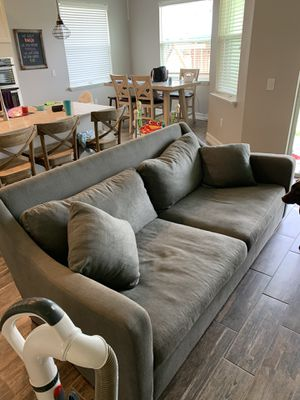 Crate and barrel sofa for Sale in Tampa, FL