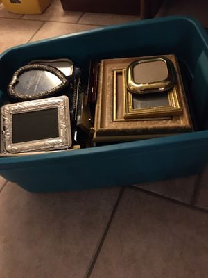 Box of 28 misc picture frames for Sale in Burlington, NC