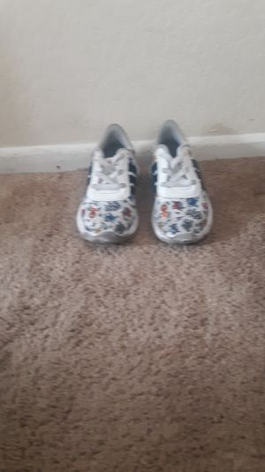 Adidas az 9c for Sale in Lawndale, CA