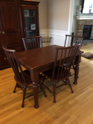 Dining Table and Chairs for Sale in PA, US