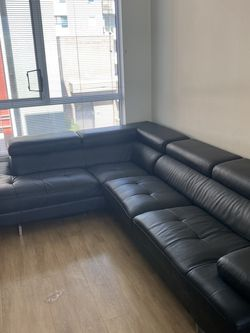 2 Piece Leagher Sectional Couch $700 for Sale in Glendale,  CA