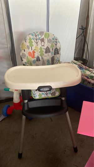 Graco high chair for Sale in Clarksville, TN