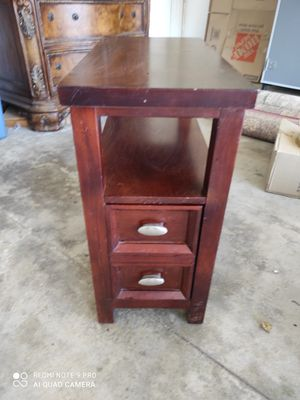 Bedroom end table, walnut. for Sale in Lake Elsinore, CA