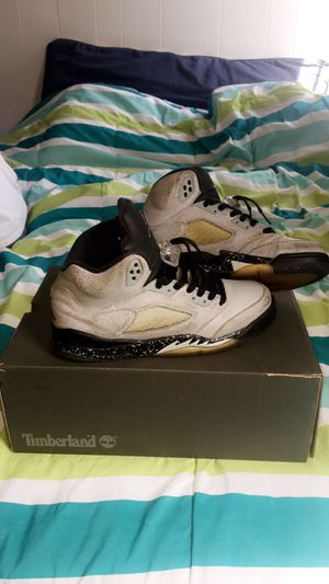 Jordan retro 5 size 6 for Sale in Woonsocket, RI