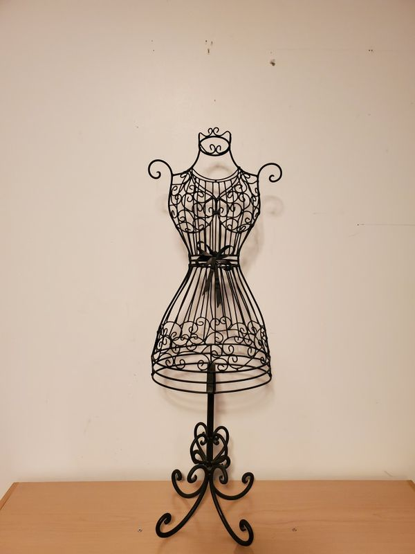 Metal Black Dress Decor