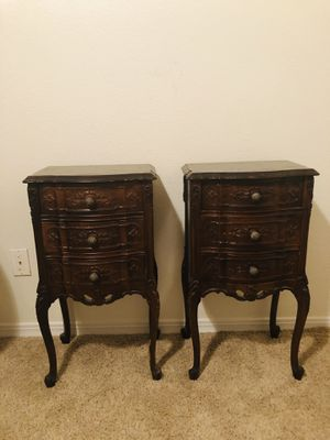 French Provential nightstands for Sale in Las Vegas, NV