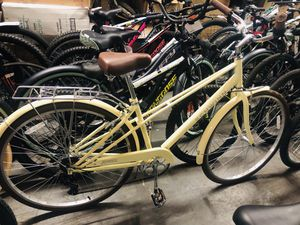 Schwinn Admiral hybrid bike, 7-speeds, 700c wheels, yellow for Sale in Atlanta, GA
