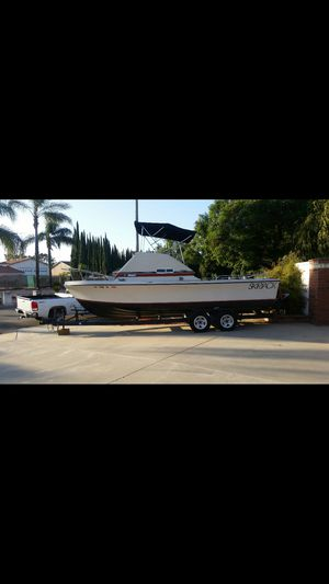 Great boat 24' for the price I am only asking for Sale in Montclair, CA