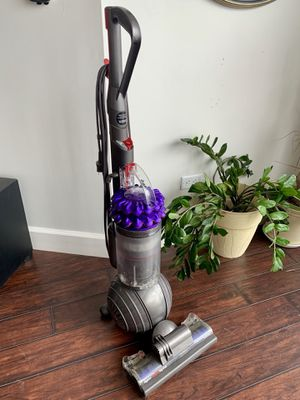 Dyson - Cinetic Big Ball Animal Bagless Upright Vacuum - Iron/Purple for Sale in Las Vegas, NV