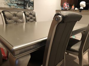 Dining room set for Sale in Bartow, FL