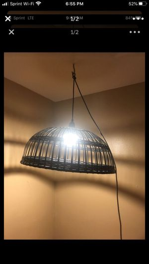 Free household lights for Sale in Chicago, IL