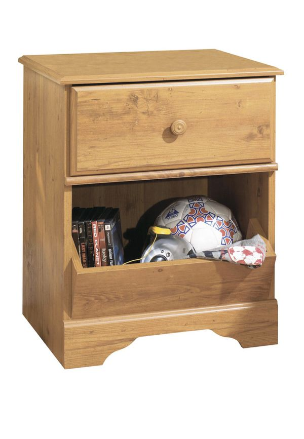 Baby/Kids Dresser and Nightstand