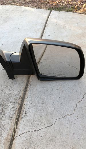 Toyota Tundra mirror for Sale in March Air Reserve Base, CA