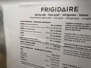 GE white refrigerator 26 cu ft. Frost proof for Sale in Gig Harbor, WA