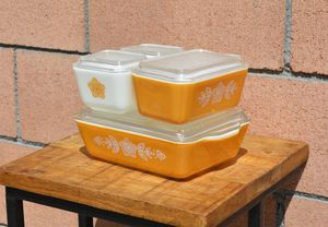 Vintage Pyrex Butterfly Gold 4 Piece Refrigerator Set for Sale in Long Beach, CA