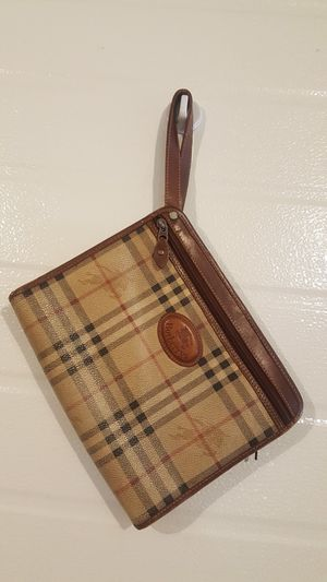 Vintage clutch bag Authentic for Sale in Stanwood, WA