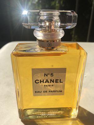 Chanel N°5 Eau de Parfum Spray, 3.4 oz for Sale in Norco, CA