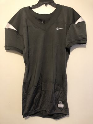 Nike Blank Football Jersey Size L and XL Available for Sale in Bel Aire, KS