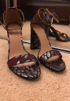 Burgundy Heels with silver accent for Sale in Temple City, CA