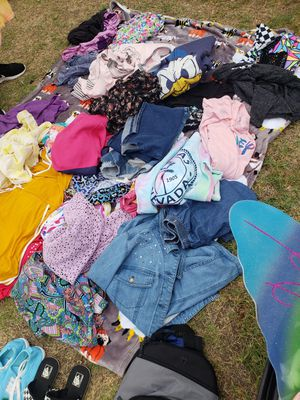 9/26 CLOTHES,HOMEDECOR,HALLOWEEN COSTUMES, PURSES LOTS OF DISNEY AND MORE for Sale in Rowland Heights, CA