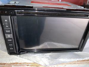 Pioneer double din radio AVIC-5201 NEX for Sale in Warren, MI