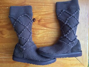 Nice, Clean, and Lightly Used Pair Of UGG Australia Classic Argyle Knit Boots Women's Size 6 Brown/Brown for Sale in Hoffman Estates, IL