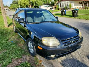Hyundai accent 2005 for Sale in Orlando, FL