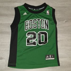 Youth Boston Celtics Ray Allen Jersey for Sale in Fort Myers, FL