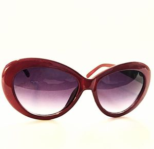 Lady In Red Sunglasses for Sale in Maricopa, AZ