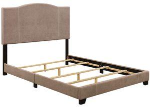 PULASKI Home Comfort Modified Upholstered QUEEN Size Platform Bed Frame for Sale in Modesto, CA