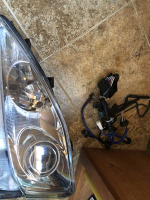 Lexus IS250 headlights lens glass for Sale in Sacramento, CA