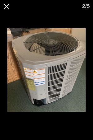 Nice and clean used ac unit for sale very clean for Sale in Falls Church, VA