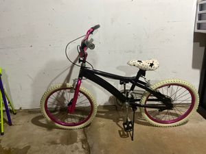 Girl 20 inch bicycle for Sale in Morton Grove, IL
