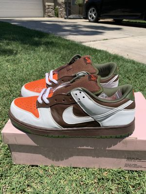 "Nike Dunk SB Low ""Oompa Loompa"" Size 11 VNDS for Sale in Porterville, CA"