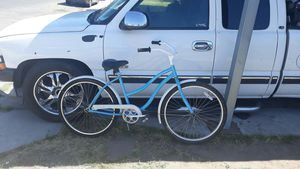Bike huffy size 26 en 110 buenas condiciones for Sale in Fresno, CA