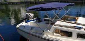 1982 Catalina 22 sailboat for Sale in Aventura, FL