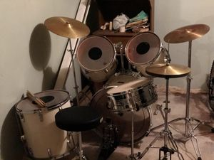 Drum set for Sale in NO BRENTWOOD, MD