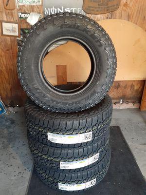 265/70R17 FALKEN WILDPEAK A/T3W for Sale in South Gate, CA