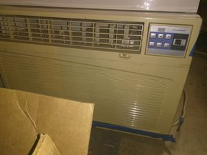Air conditioner, window unit. for Sale in Tempe, AZ