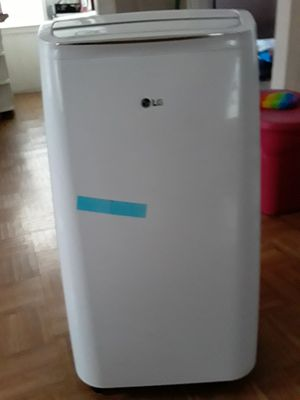 LG AC unit for Sale in Providence, RI