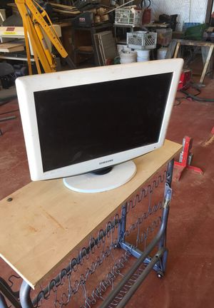 """16"""" Samsung tv no remote for Sale in Springerville, AZ"""