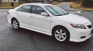 -One Of A Kind ((009)) TOYOTA CAMRY XLE With 0 Problems Luxury Sedan! for Sale in Tucson, AZ