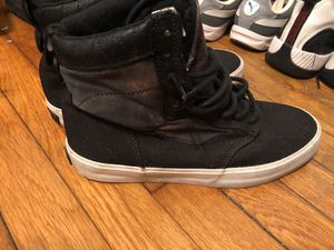 Limited edition vans size 8 for Sale in Oxon Hill, MD