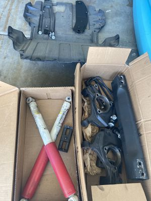 Stock 2018 Silverado control arms, shocks, etc. for Sale in Phoenix, AZ