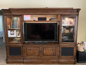 Entertainment Console MAKE AN OFFER -NEGOTIABLE for Sale in Visalia, CA