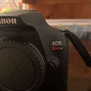 Canon ROS Rebel T7 for Sale in Escondido, CA