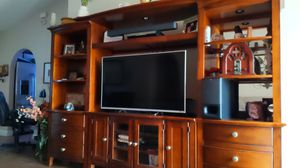 Entertainment center. Real wood. for Sale in Kissimmee, FL